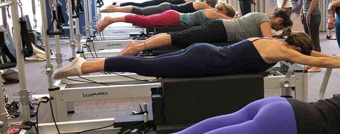 img pequeno equipamiento - Pilates machines: reformer, accessories and material