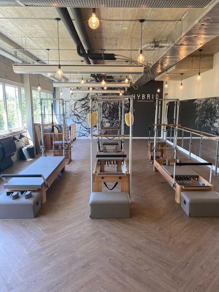 showroom ginebra bonpilates 2 768x1024 - Nuevo showroom de Bonpilates en Ginebra junto a FITSPRO